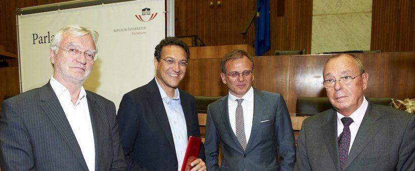 v.li.: Dr. Johannes Strohmayer, Karim El-Gawhary (Preisträger Kategorie Pressefreiheit), Dr. Armin Wolf und Peter Bochskanl (Presseclub Concordia)