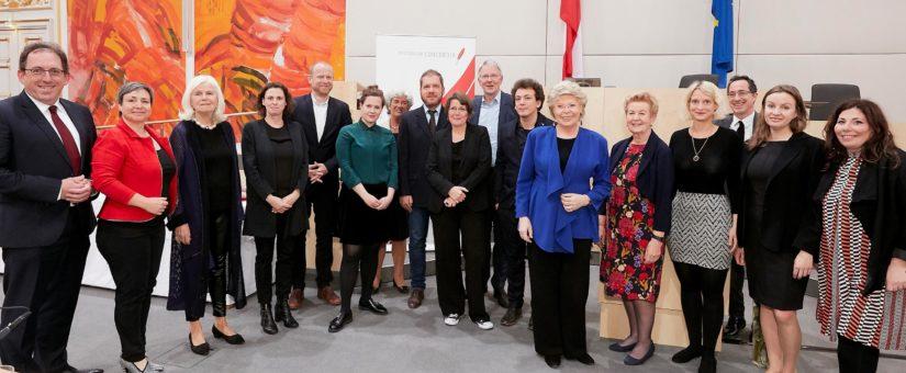 """Concordia Preis 2018: Recherchenetzwerk """"Europe's Far Right"""", Christoph Zotter und Elfriede Hammerl"""